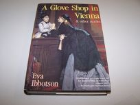 A Glove Shop in Vienna and Other Stories: And Other Stories