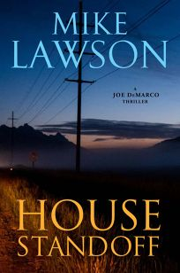 House Standoff: A Joe DeMarco Thriller