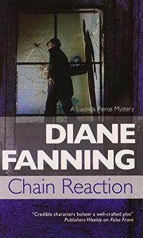 Chain Reaction: A Lucinda Pierce Mystery