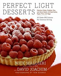 Perfect Light Desserts: Fabulous Cakes