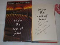 Under the Feet of Jesus: 2a Novel