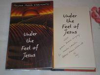Under the Feet of Jesus: 2a Novel